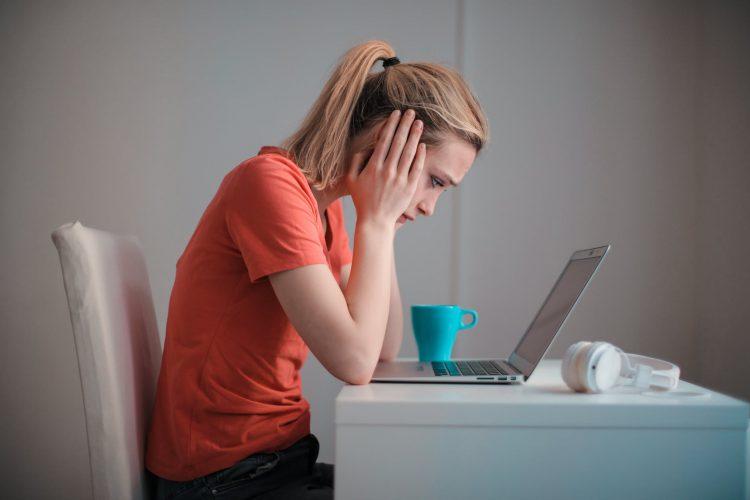 eadline Pekerjaan Menumpuk Membuat Bad Mood? Coba Temani dengan Makanan Ini untuk Mengurangi Kecemasan