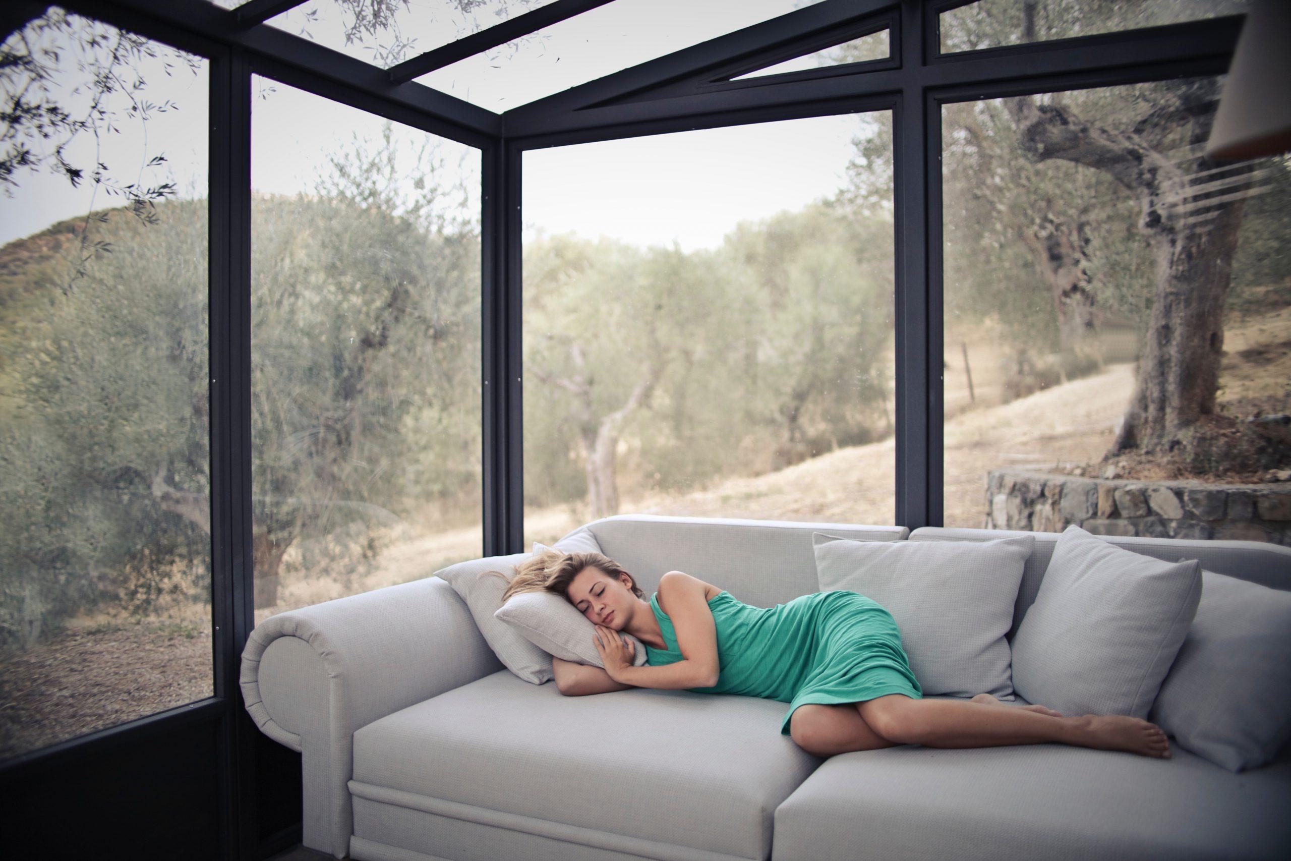 3 Manfaat Tidur Siang yang Harus Kamu Tahu